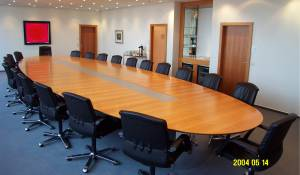 circon executive s-class - Conference table system for the executive suite.