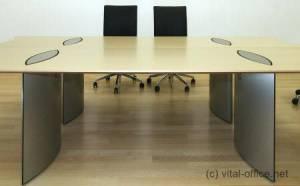 circon executive basic - executive desk - Comfortable hidden cabling from floor to desk top.