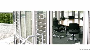 circon s-class - Medium sized conference table systems for the executive suite