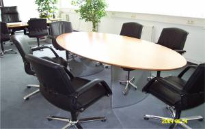 circon s-class - Bestseller: a classic meeting table for the executive suite
