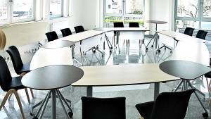 flexiconference - A living event space which adapts to every requirement