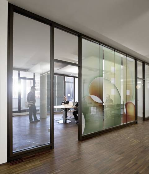 Artundweise Newport, Bremen - new creative work environment with ergonomic green bamboo desks, Feng Shui, True Light and acoustics