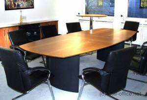 circon s-class - Noble representative conference table with 3 top segments